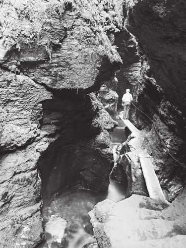 Devils Cauldron in 1986